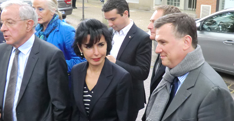 Bruno Beschizza, accompagné des candidats, sont allés saluer les policiers municipaux durant l'exercice de leurs fonctions. | (C) 93600INFOS/Alexandre Conan