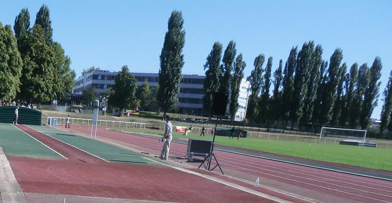Le stade du Moulin-Neuf est l'un des nombreux équipements sportifs de la ville. | (C) 93600INFOS / Alexandre Conan