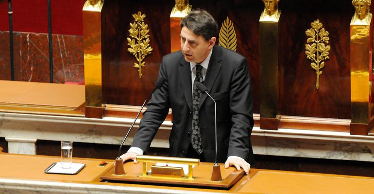 Daniel Goldberg, à la tribune de l'hémicycle de l'Assemblée Nationale en mars dernier, pour défendre le droit de vote des étrangers. | (C) danielgoldberg.com
