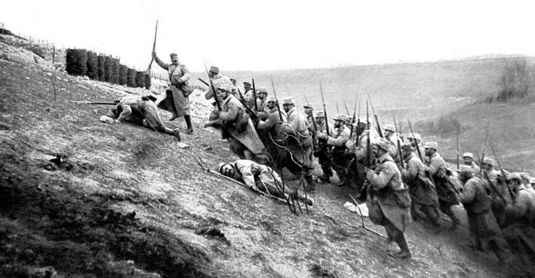 Offensive sur le front de Notre-Dame-de-Lorette, à Ablain-Saint-Nazaire (Pas-de-Calais), le 15 avril 1915. | (C) AFP