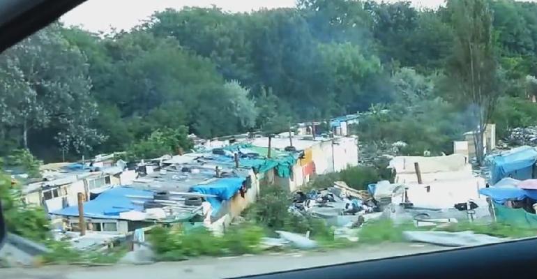 Trois hommes ont été interpellés mercredi dans un camp de roms près du boulevard André Citroën. | Images d'archives, (C) Aulnaycap
