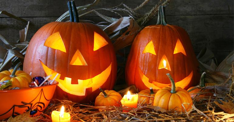 Les jack'o lanterns, élément incontournable de la période d'Halloween. | (C) Sandra Cunningham / Fotolia.com