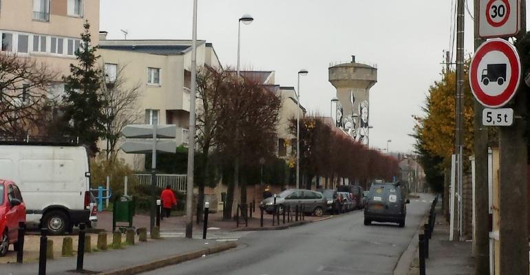 Le château d'eau du quartier Chanteloup va bientôt disparaître du paysage. | (C) 93600INFOS / Alexandre Conan