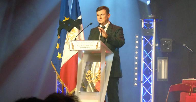 Le maire d'Aulnay-sous-Bois a souhaité dédier cette cérémonie des voeux 2015 aux victimes des attentats proférés cette semaine dans notre pays. | (C) 93600INFOS / Alexandre Conan