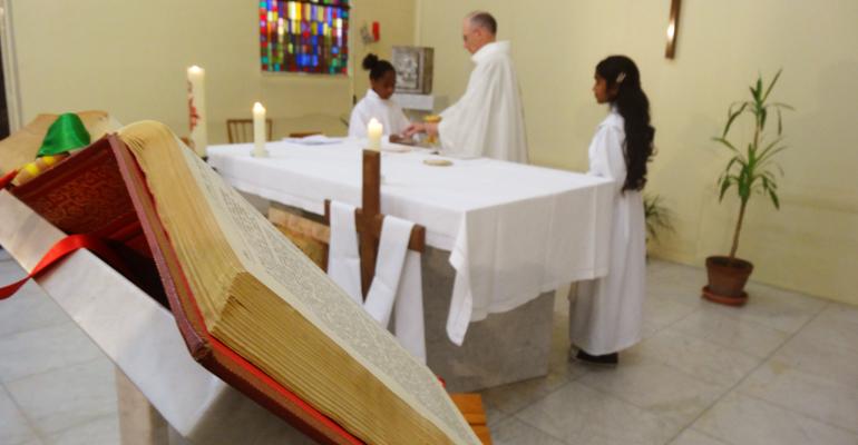 Un guide pratique de 16 pages est actuellement en cours de distribution dans la ville. | (C) Paroisses Catholiques d'Aulnay-sous-Bois