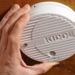 Pour éviter les intoxications au monoxyde de carbone, le détecteur de fumée devient obligatoire