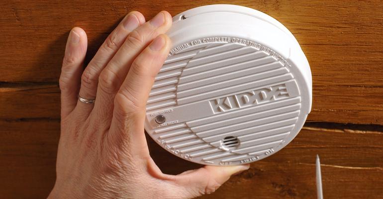 Le détecteur de fumée devient finalement obligatoire au 1er janvier 2016. | (C) DR