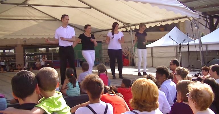 En septembre dernier, l'association Claquettes en folie était passée sur la scène du forum des associations. | (C) 93600INFOS / Alexandre Conan