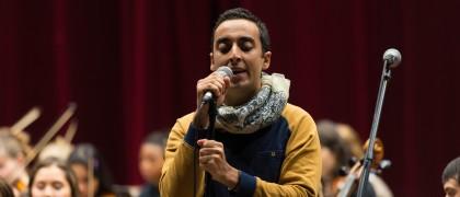 Monir, pendant les répétitions du titre avec l'orchestre jeune du CRD d'Aulnay-sous-Bois. | © Alexandre Gallosi/Mairie d'Aulnay-sous-Bois