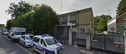 Vétuste, l'actuelle commissariat est sous dimensionné et inadapté aux besoins des policiers et des victimes.   © Google Inc.