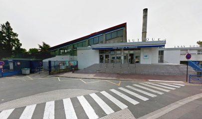 Les rapports montrent une variété de problèmes sur la stucture du stade nautique de Coursailles. | © Google Inc.