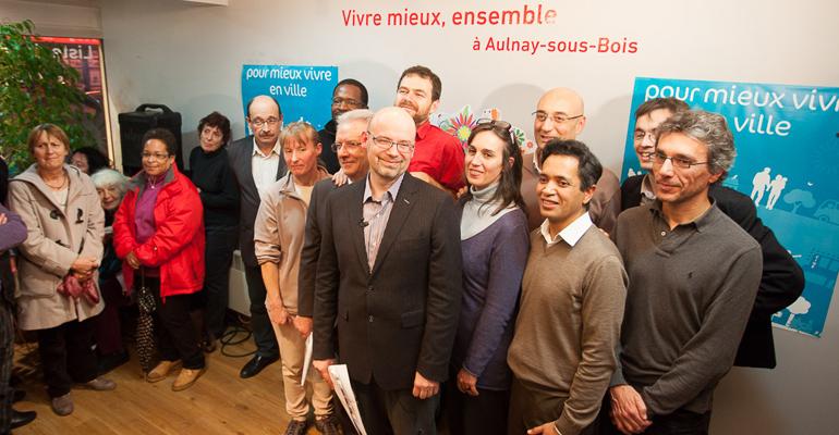 Alain Amédro (au centre), accompagné de ses co-listiers.   (C) EELV Aulnay