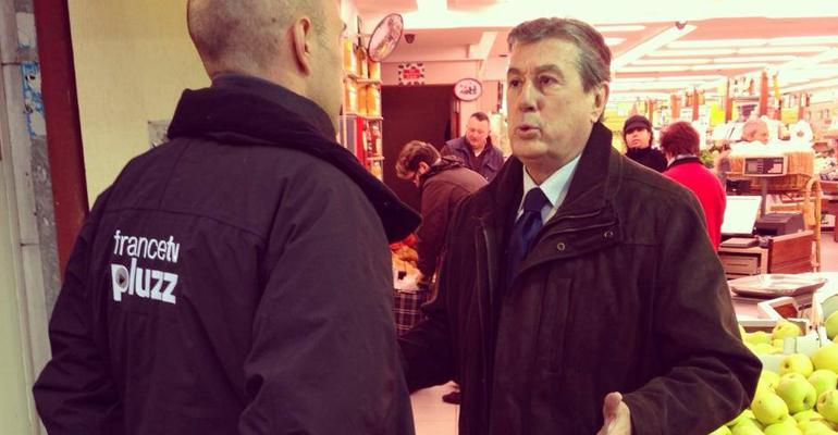 Entouré d'une équipe jeune et motivée, le sextagénaire Jacques Chaussat compte bien reprendre la ville aux mains des socialistes.   (C) UDI Aulnay