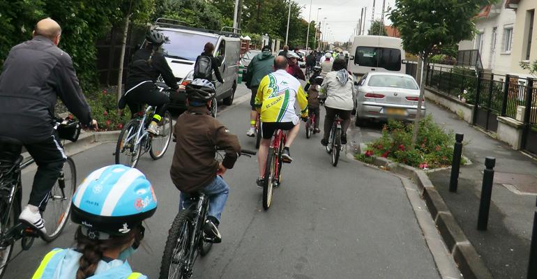 """L'édition 2012 de la fête du vélo à Aulnay-sous-Bois a été l'occasion d'inaugurer le parcours """"Vélo Aulnay"""".   (C) 93600INFOS / Alexandre Conan"""