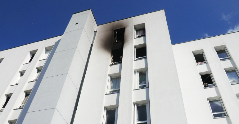 L'incendie a débuté dans la chambre d'une adolescente au 30 rue de Tourville.   (C) 93600INFOS / Alexandre Conan