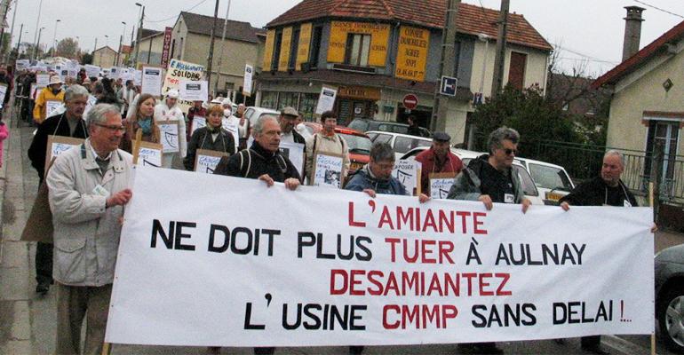 Après de grandes mobilisations, comme en 2005 (voir photo), le CMMP d'Aulnay-sous-Bois a été dépollué. | (C) DR