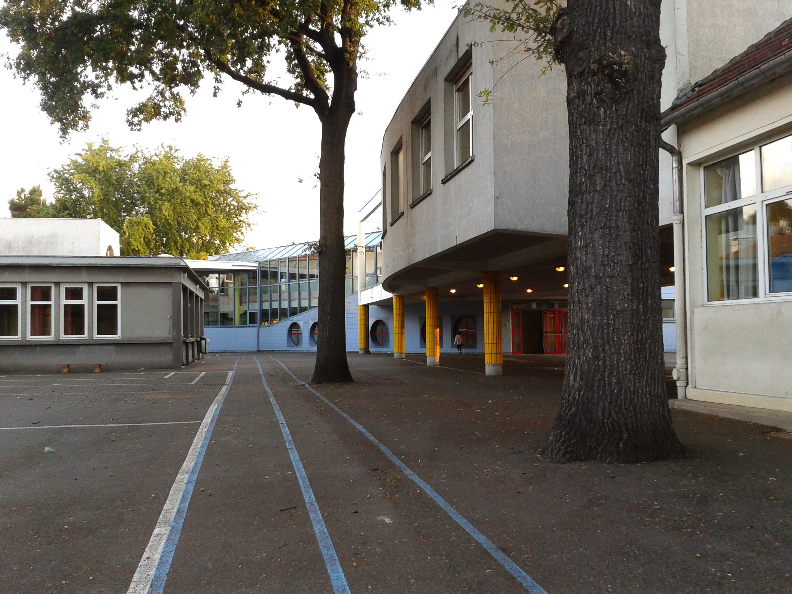 54 écoles publiques permettent de scolariser chaque année plus de 10 000 enfants aulnaysiens.   © 93600INFOS.fr/Alexandre Conan
