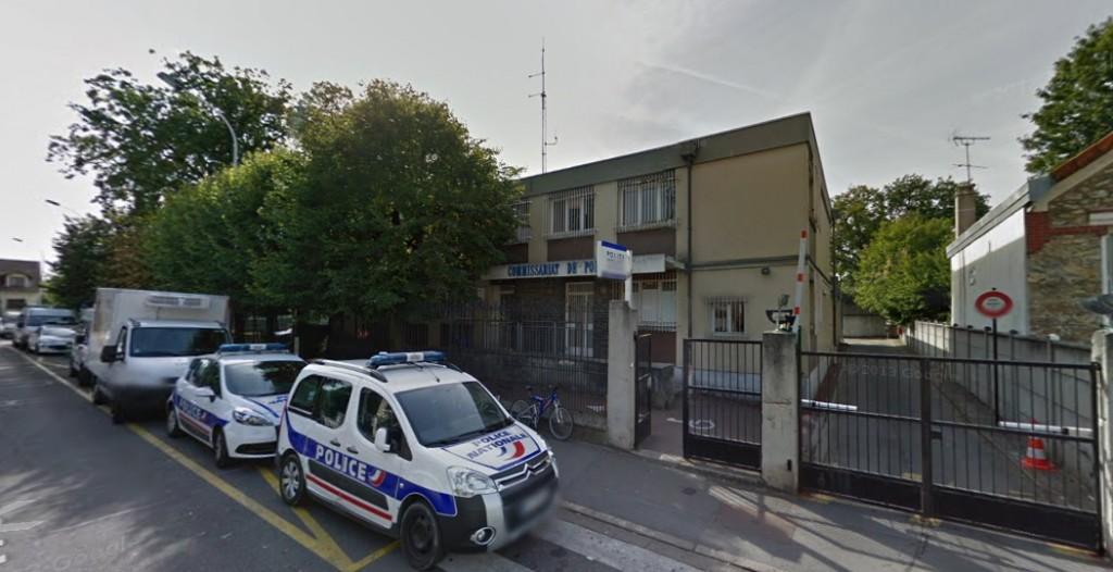 Vétuste, l'actuelle commissariat est sous dimensionné et inadapté aux besoins des policiers et des victimes. | © Google Inc.