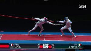 L'épéiste aulnaysien Jean-Michel Lucenay (à gauche) a remporté l'or olympique ce dimanche.   © Francetvsport