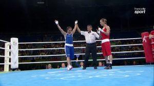 La boxeuse Sarah Ourahmoune s'est qualifiée pour les 1/4 de finale en catégorie poids mouche (-51kg).   © Francetvsport